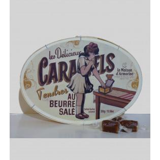 Boîte ovale en bois caramels au beurre salé 300g